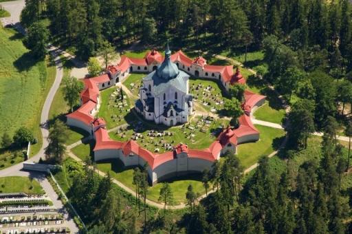 Žďár nad Sázavou - kostel sv. Jana Nepomuckého