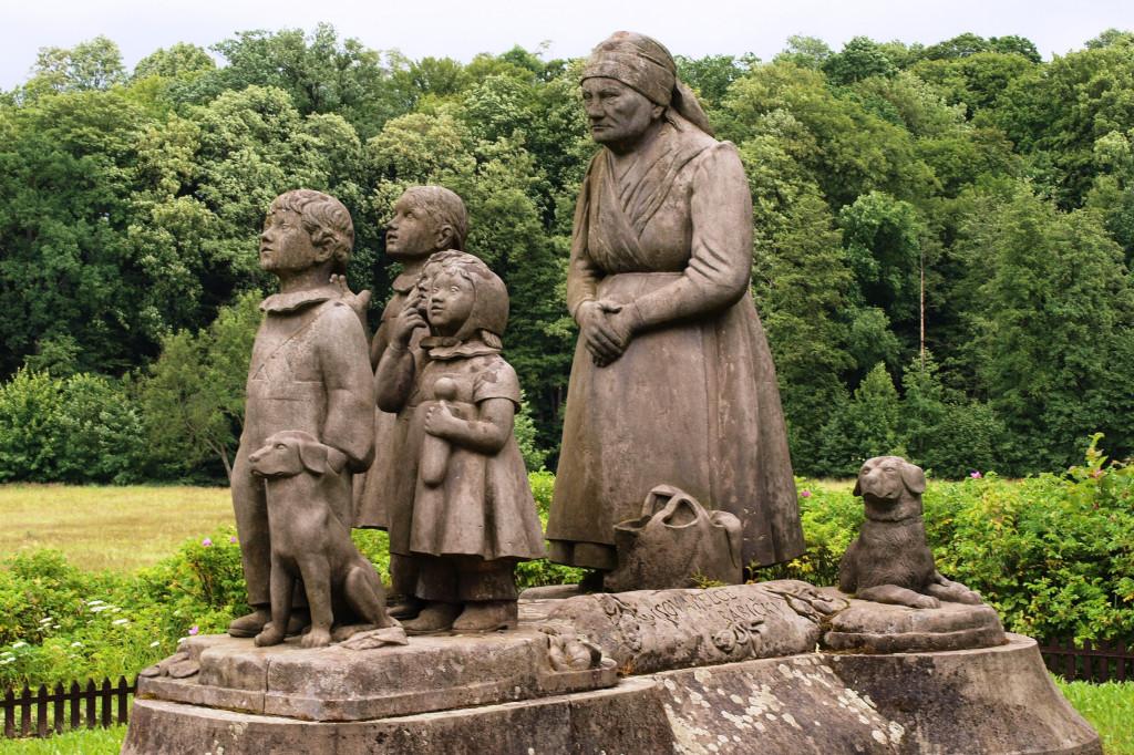 Babiččino údolí, památník Babičky - Wikipedia, Autor Honza Groh (Jagro) – Vlastní dílo, CC BY-SA 3.0 =8832108