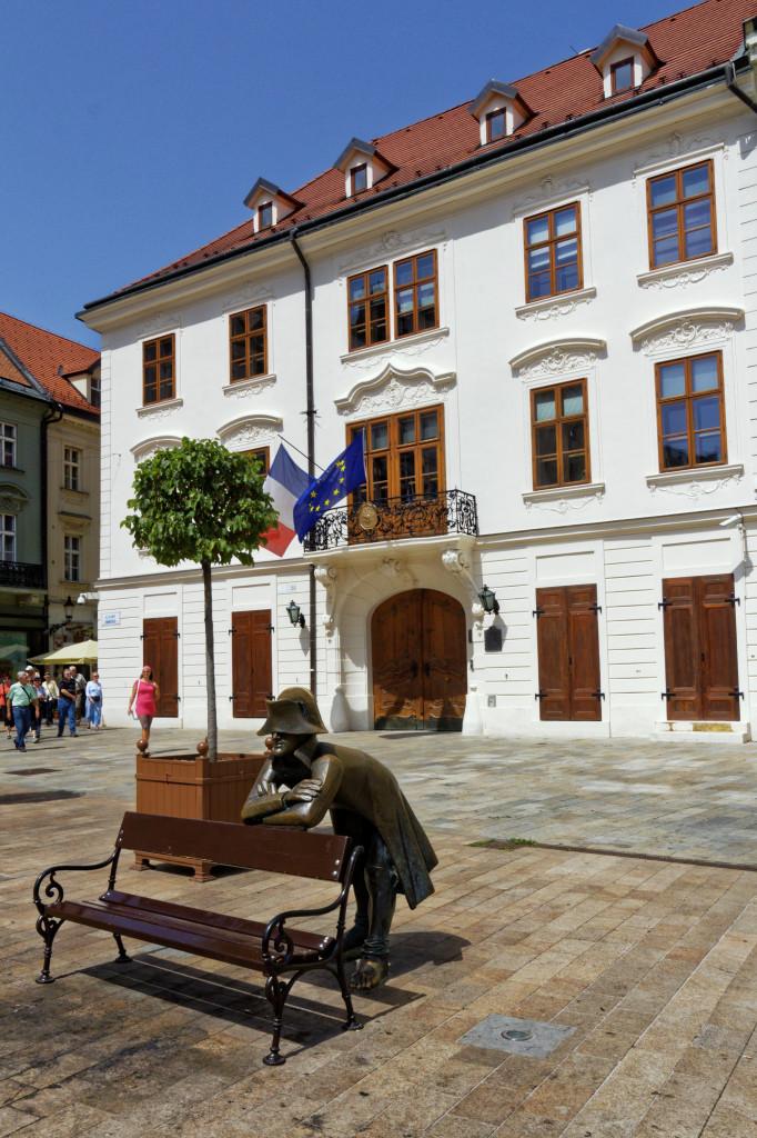 Kutschergeldov palác Bratislava, Französische Botschaft 1323 Wikipedia