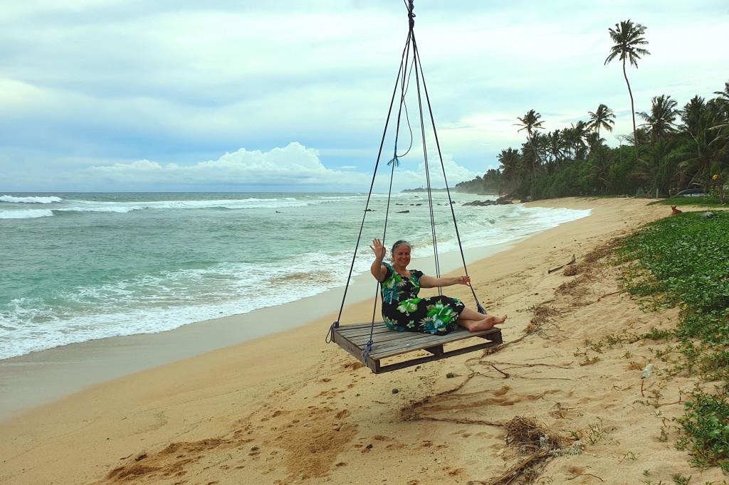 Polhena - takmer opustená pláž