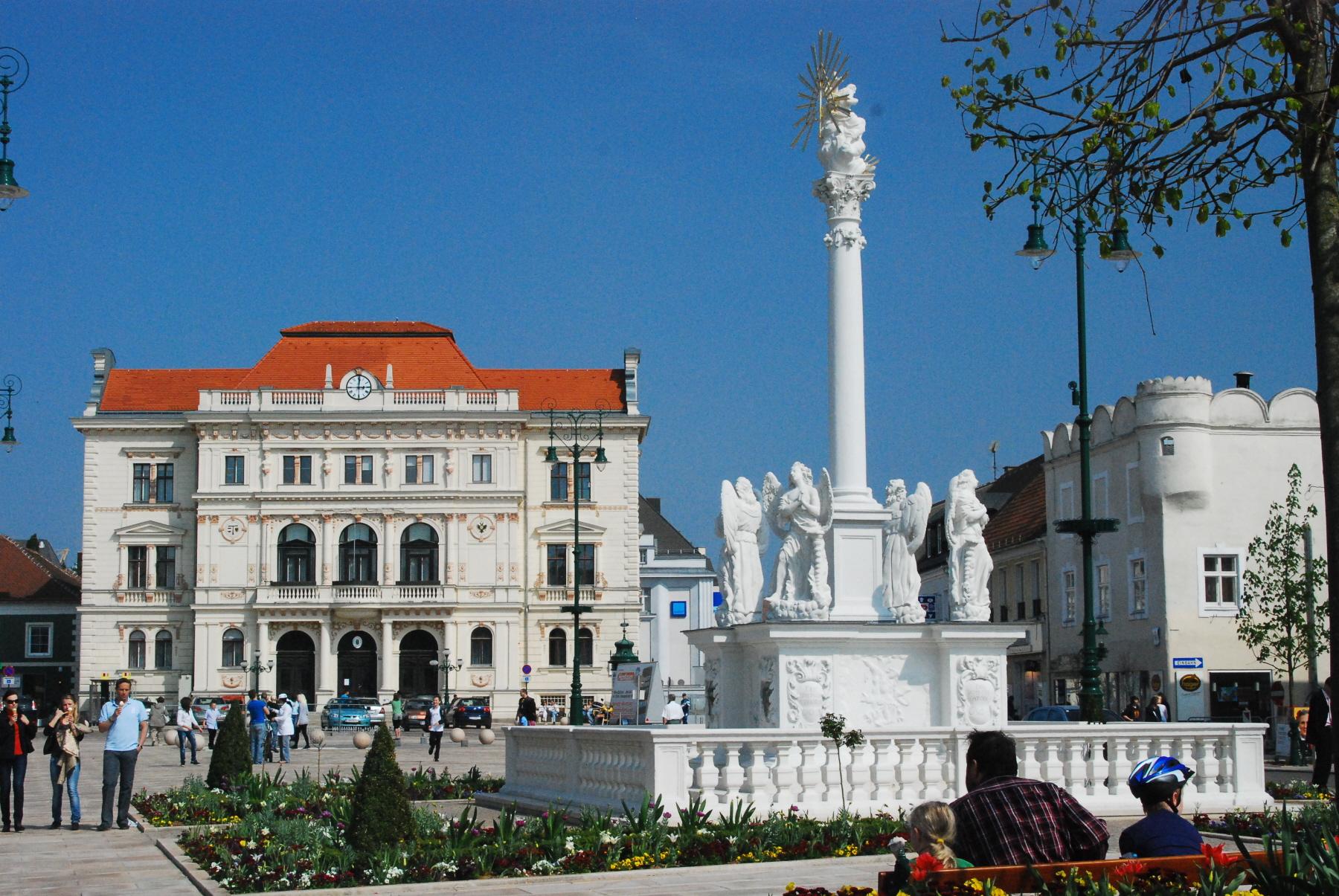 Wiki Tulln_Hauptplatz big