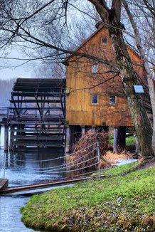 Wikigogo vodný mlyn Jelka