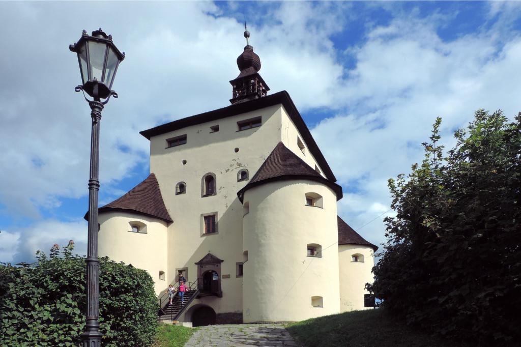 Wikimedia - Banská Štiavnica Nový zámok