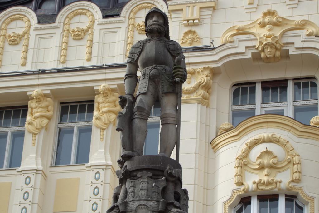 Wikimedia - Bratislava Hlavné námestie - palác Roland