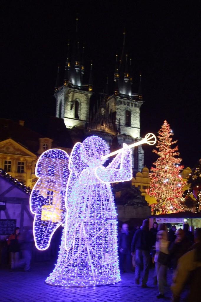 Wikimedia PRAHA Staroměstské náměstí, vánoční trhy III - kópia