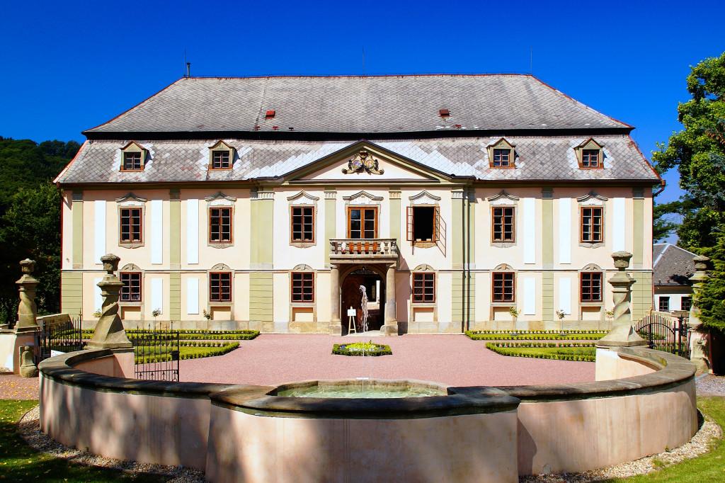 Wikimedia - Potštejn zámek