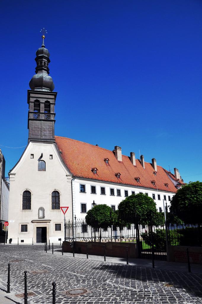 Wikipedia Bratislava - kostol Loretánskej Panny Márie