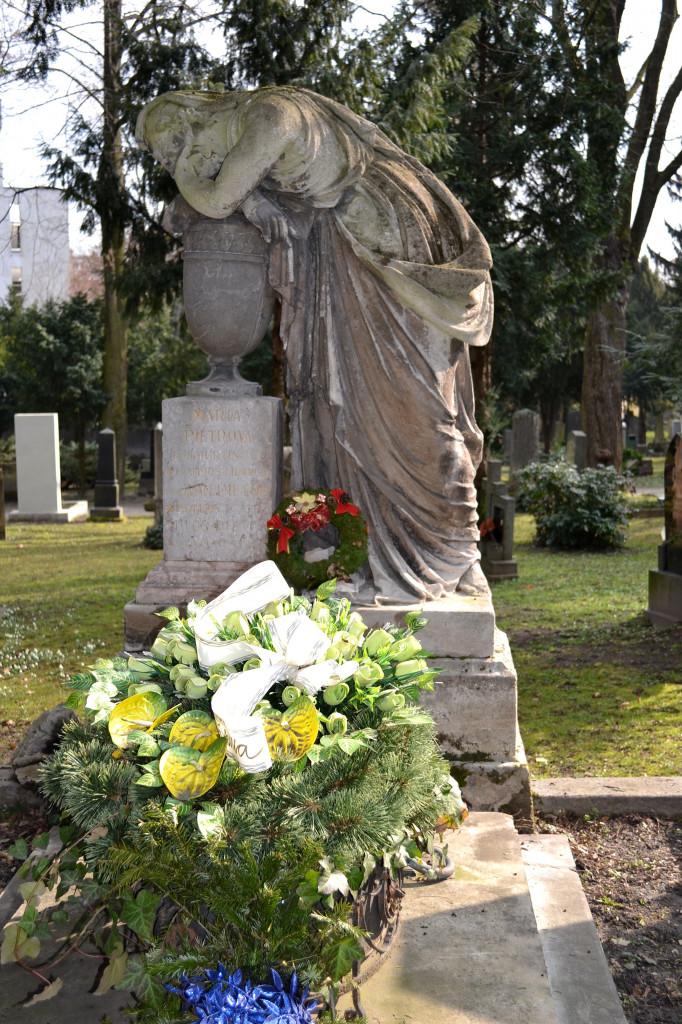 Wikipedia - Cintorín pri Kozej bráne - Pietor