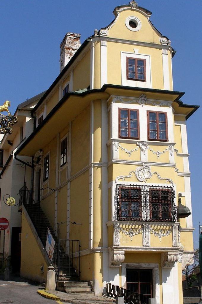 Wikipedia - Dom u Dobreho pastiera01- Autor Lure – Vlastné dielo