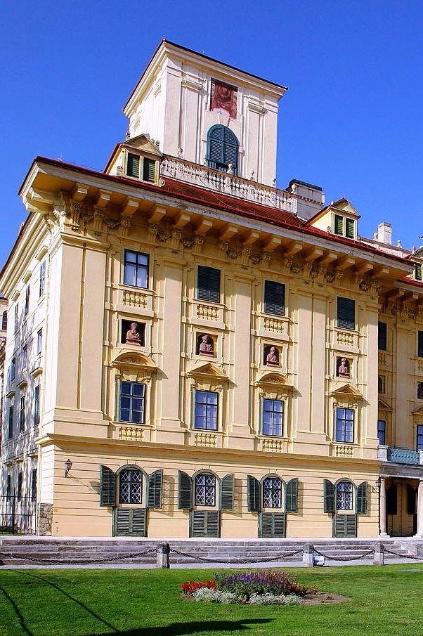 Wikipedia Eisenstadt -Schloss Esterhazy výrez