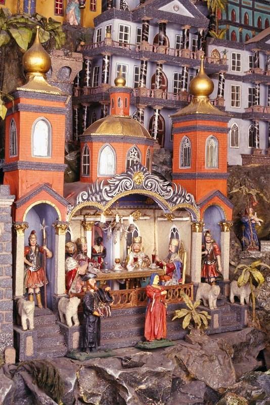 Wikipedia - Krýzovy jasličky - Palác výška
